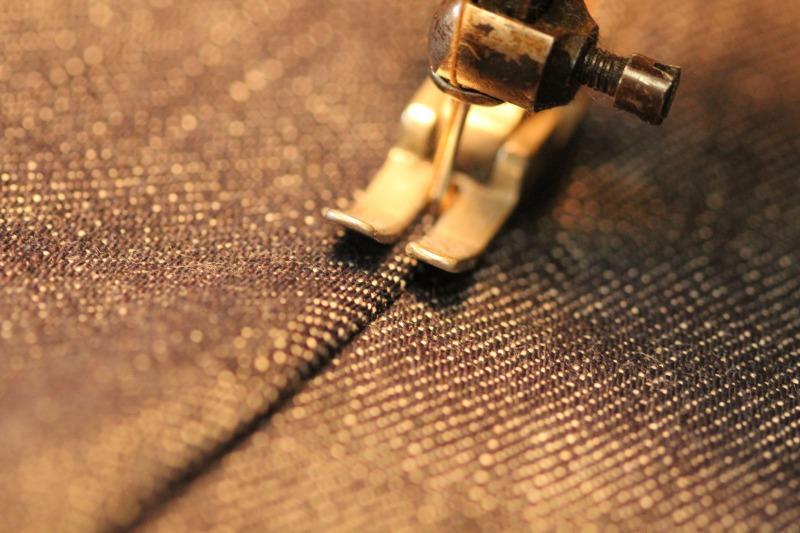 縫いつつ撮る